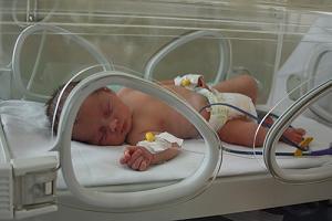 Влиянието на начина на раждане върху кърменето