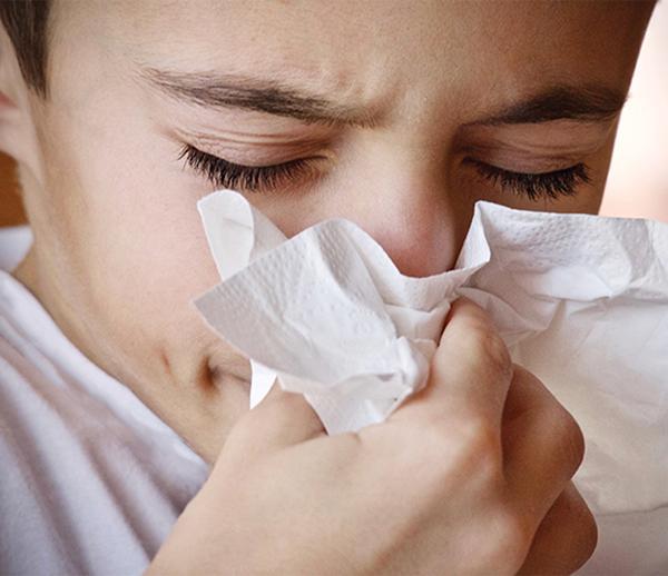 Течащият нос при децата – основни причини