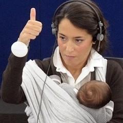Кърмене и работа - права, примери, съвети