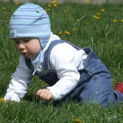 Съвети за стимулиране потенциала на детето от 7 до 9 месеца