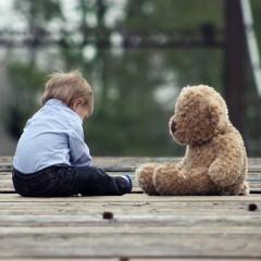 Дейности в помощ на лица с аутизъм и техните семейства