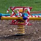 Децата се интересуват от местата си за игра, но не знаят към кого да се обърнат при нередности