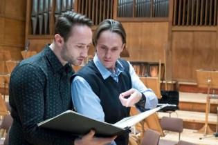 Приказка за триангел и концертен орган