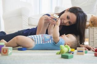 """Лекция """"Как общуват бебетата, езиково-говорно развитие""""."""