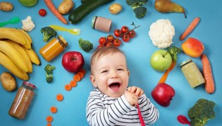 Хранене и захранване на мъничето до 1 година.